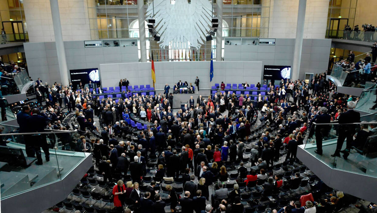 Delegates during the Federal Assembly (Bundesversammlung) at the German 'Bundestag' parliament in Berlin, Germany, 12 February 2017. The German Federal Assembly is a special political institution that only convenes to elect the Head of State. The constitutional body gathers all members of the German 'Bundestag' Parliament and the same number of representatives of all fields of society delegated by the 16 German Federal states.  Fot. PAP/EPA/CLEMENS BILAN