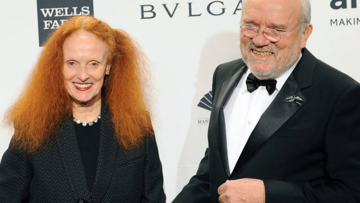 epa04056781 Former British model Grace Coddington (L) and German photographer Peter Lindbergh (R) attend the amfAR Gala at Cipriani's on Wall Street in New York, New York, USA, 05 February 2014. The amfAR was created to end the AIDS epidemic and has raised more than 15 million US dollar for essential AIDS research, HIV prevention and education.  EPA/PETER FOLEY Dostawca: PAP/EPA. PAP/EPA © 2015 / PETER FOLEY