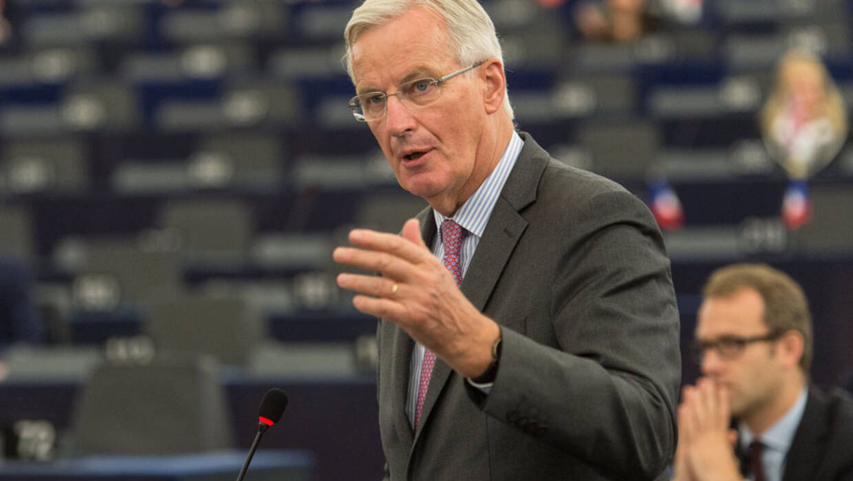 epa06241100 Michel Barnier, the European Chief Negotiator of the Task Force for the Preparation and Conduct of the Negotiations with the United Kingdom under Article 50, delivers his speech at the European Parliament in Strasbourg, France, 03 October 2017.  The Members of Parliament together with Barnier and European Commission president Jean-Claude Juncker discuss the progress made in talks with the UK government on the terms of withdrawal by the UK from the EU, dubbed the 'Brexit'.  EPA/PATRICK SEEGER  Dostawca: PAP/EPA. PAP/EPA © 2017 / PATRICK SEEGER