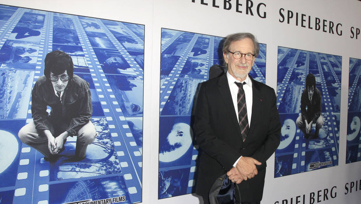 epa06229416 US director/producer Steven Spielberg arrives for HBO's 'Spielberg' documentary premiere at Paramount Studios in Hollywood, Los Angeles, California, USA, 26 September 2017. The documentary is expected to be released on 07 October 2017.  EPA/NINA PROMMER  Dostawca: PAP/EPA. PAP/EPA © 2017 / NINA PROMMER
